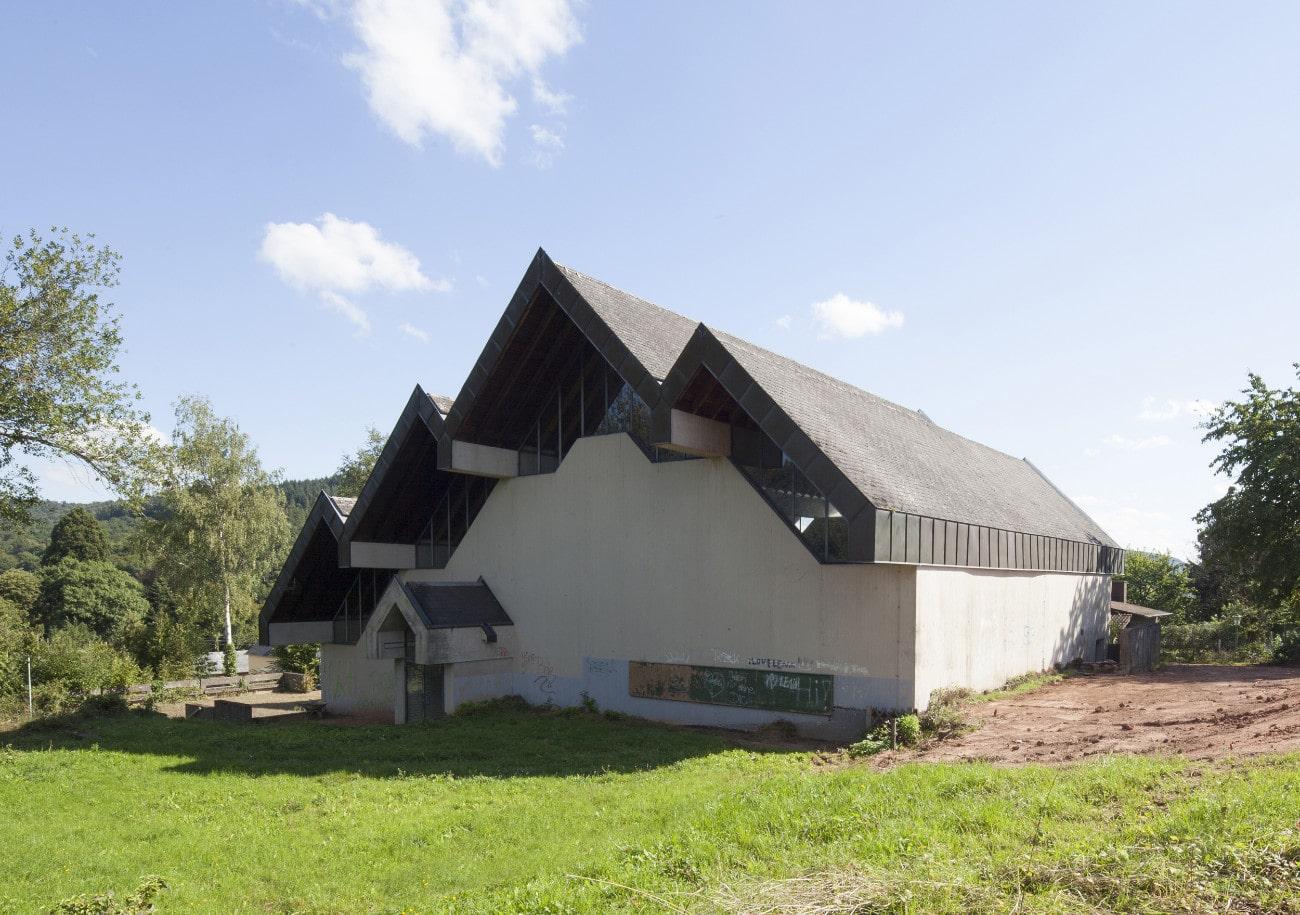 Kirche Mariä Himmelfahrt in Trier Quint | Das Wohnwerk in Speicher